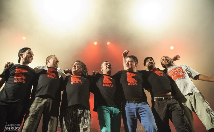Música pangalaica e os campións do punk